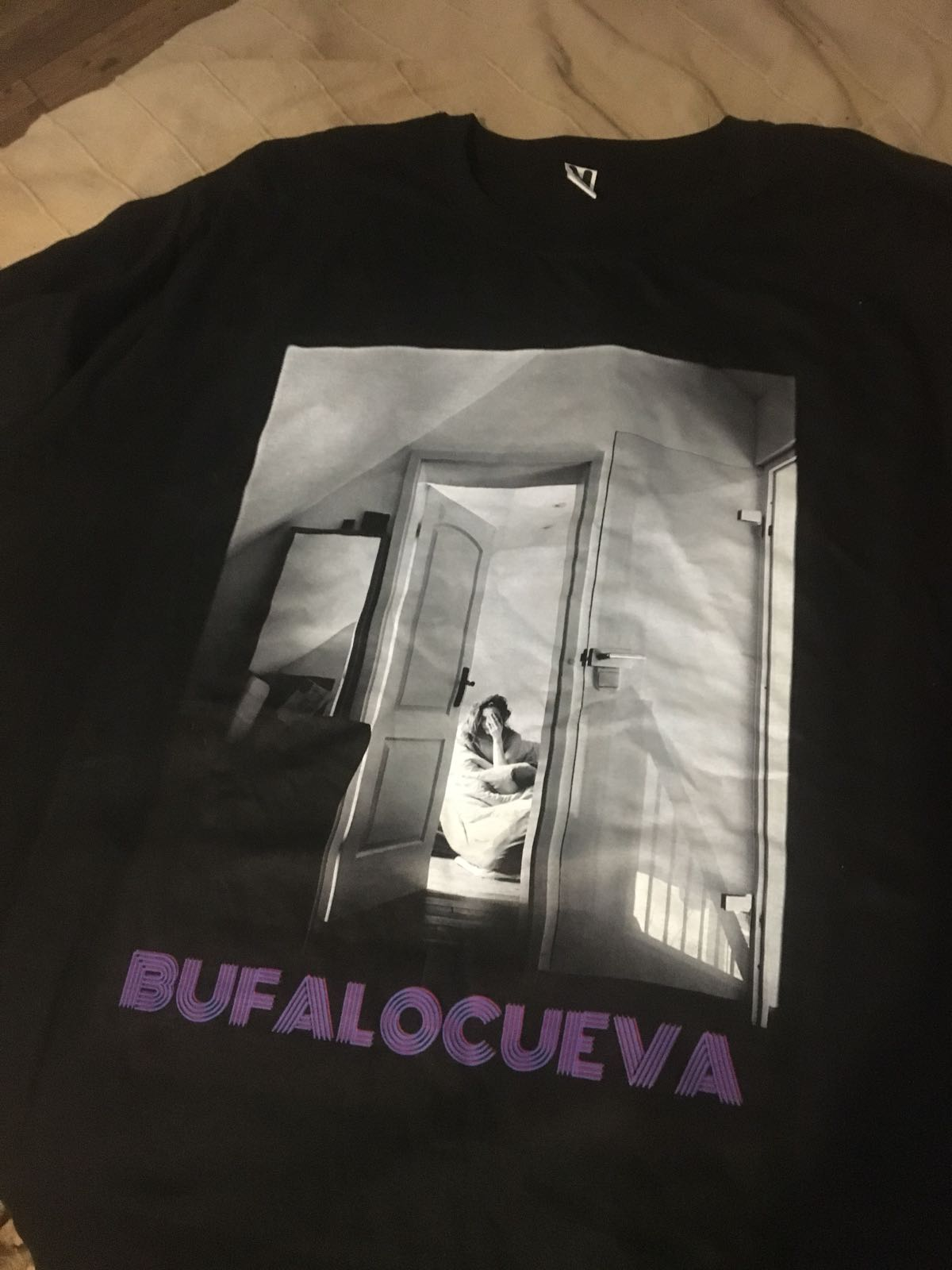 Camiseta exclusiva Búfalo Cueva