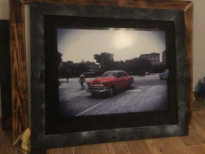 Cuadro Chevrolet rojo (Cuba)